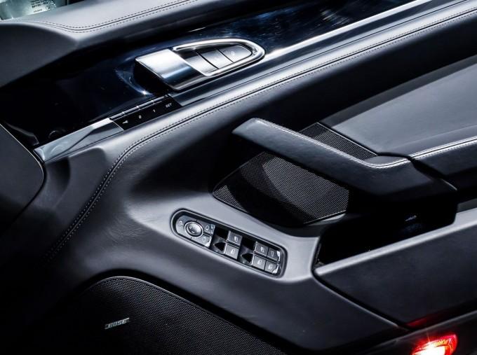 2014 Porsche TD V6 Tiptronic 5-door (Grey) - Image: 31