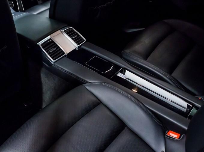 2014 Porsche TD V6 Tiptronic 5-door (Grey) - Image: 35