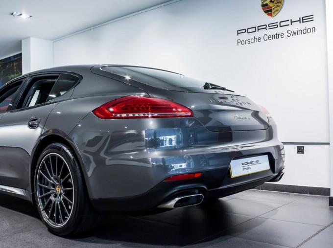 2014 Porsche TD V6 Tiptronic 5-door (Grey) - Image: 39