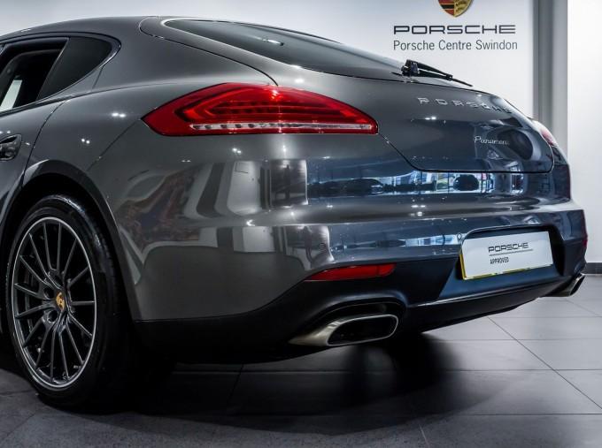 2014 Porsche TD V6 Tiptronic 5-door (Grey) - Image: 40