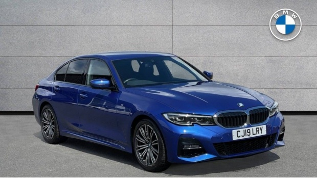 2019 BMW 320i M Sport Saloon (Blue) - Image: 1