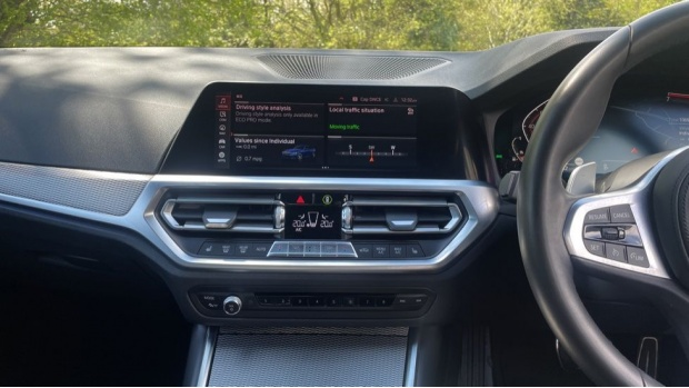 2019 BMW 320i M Sport Saloon (Blue) - Image: 8