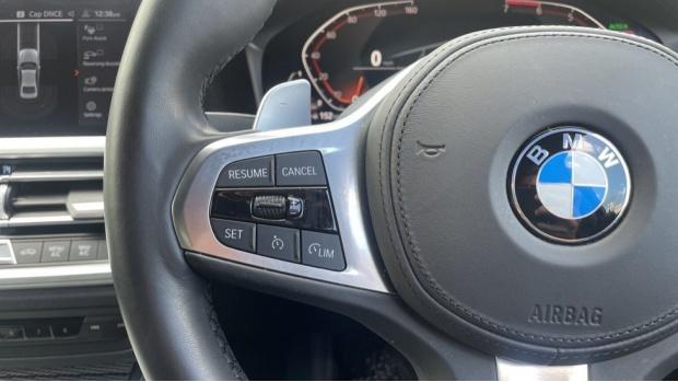2019 BMW 320i M Sport Saloon (Blue) - Image: 17