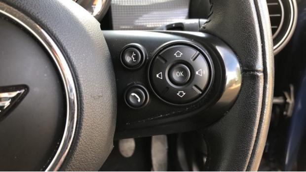 2018 MINI Cooper 3-door Hatch (Blue) - Image: 18