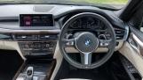 2018 BMW XDrive30d M Sport (Black) - Image: 5
