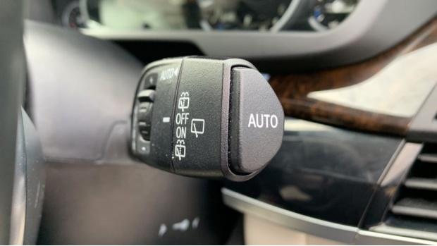 2018 BMW XDrive30d M Sport (Black) - Image: 25