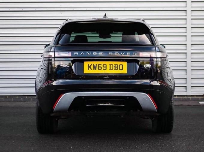 2019 Land Rover P250 R-Dynamic HSE Auto 4WD 5-door (Black) - Image: 6