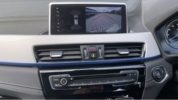 2019 BMW XDrive20d M Sport (Blue) - Image: 8