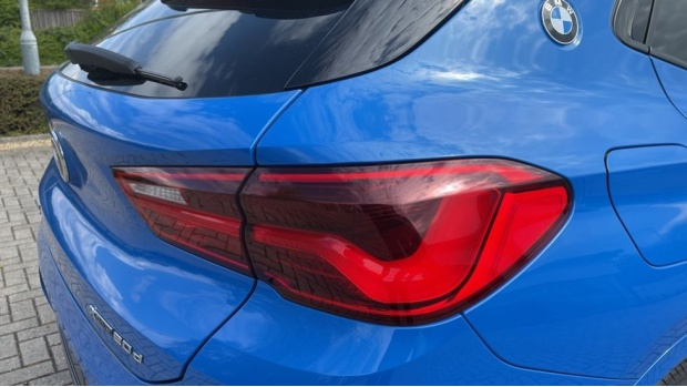 2019 BMW XDrive20d M Sport (Blue) - Image: 22