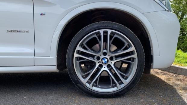 2017 BMW XDrive20d M Sport (White) - Image: 14