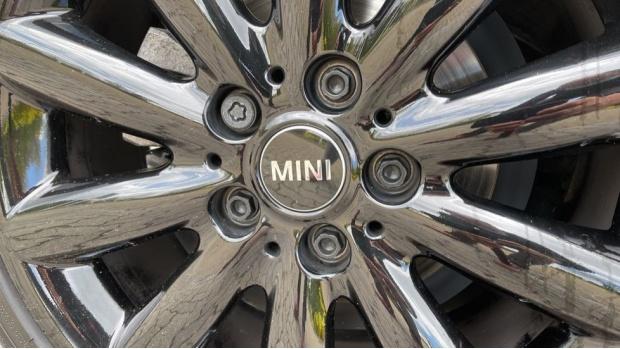 2018 MINI 3-door Cooper D (Grey) - Image: 35