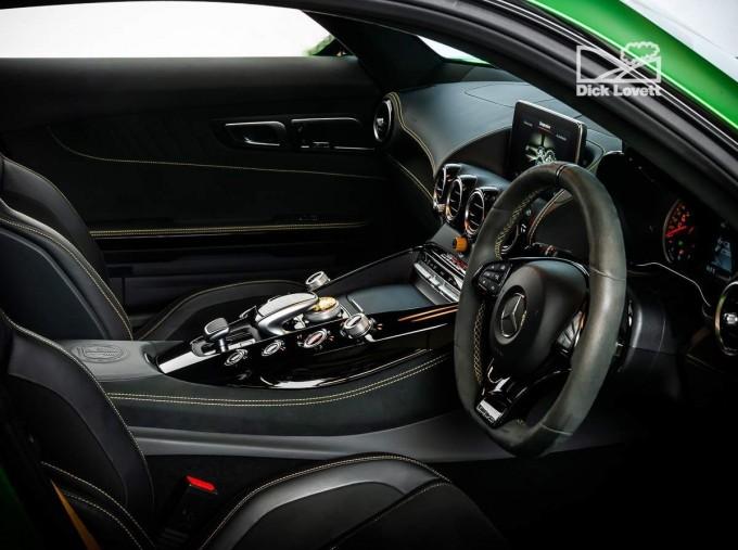2018 Mercedes-Benz V8 BiTurbo R (Premium) SpdS DCT 2-door (Green) - Image: 4