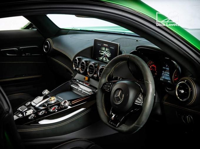 2018 Mercedes-Benz V8 BiTurbo R (Premium) SpdS DCT 2-door (Green) - Image: 16