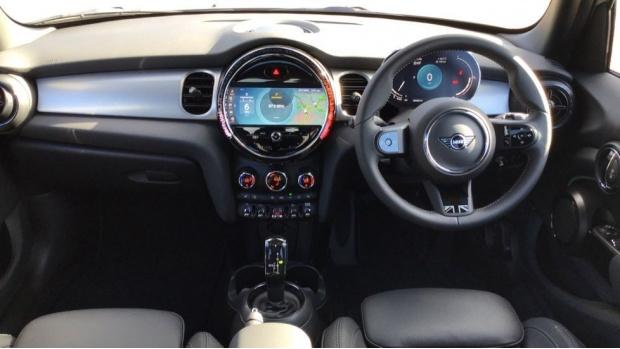 2021 MINI 5-door Cooper Exclusive (Grey) - Image: 4