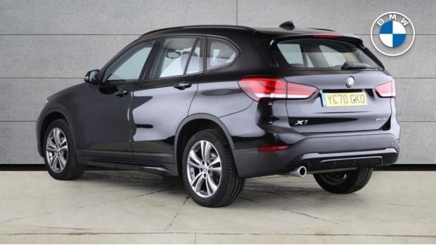 2020 BMW SDrive18i Sport (Black) - Image: 2