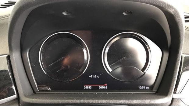 2020 BMW SDrive18i Sport (Black) - Image: 9