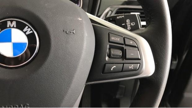 2020 BMW SDrive18i Sport (Black) - Image: 18