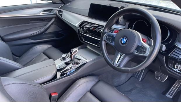 2018 BMW Saloon (White) - Image: 6