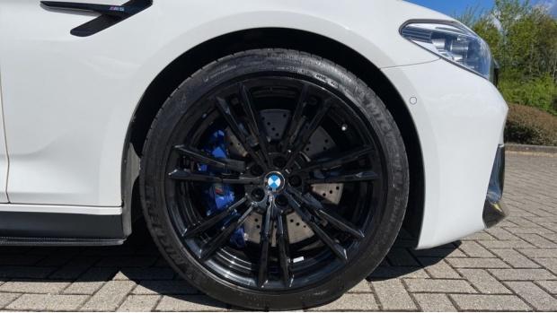 2018 BMW Saloon (White) - Image: 14