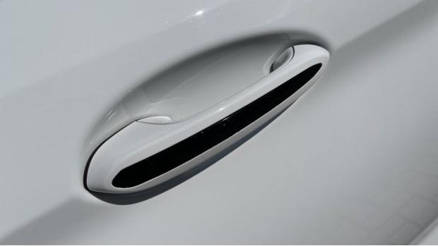 2018 BMW Saloon (White) - Image: 24