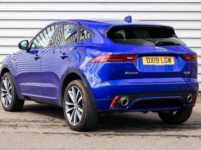 2019 Jaguar D240 R-Dynamic HSE Auto 5-door (Blue) - Image: 2