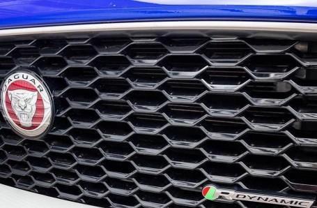 2019 Jaguar D240 R-Dynamic HSE Auto 5-door (Blue) - Image: 19