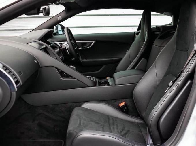 2021 Jaguar 2.0i Auto 2-door (Grey) - Image: 3