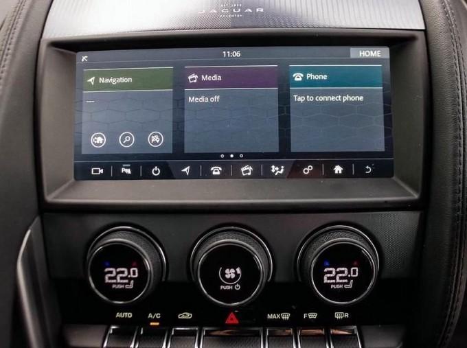 2021 Jaguar 2.0i Auto 2-door (Grey) - Image: 10