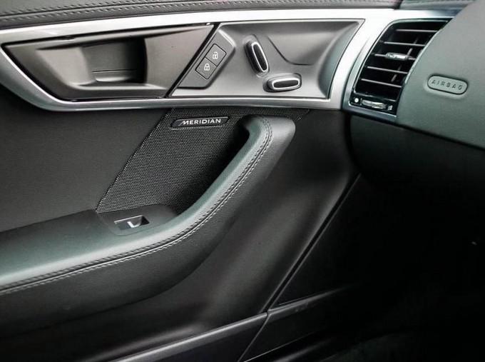 2021 Jaguar 2.0i Auto 2-door (Grey) - Image: 12