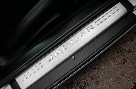 2021 Jaguar 2.0i Auto 2-door (Grey) - Image: 14