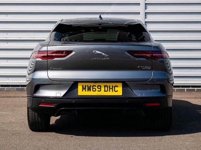 2019 Jaguar 90kWh SE Auto 4WD 5-door (Grey) - Image: 6