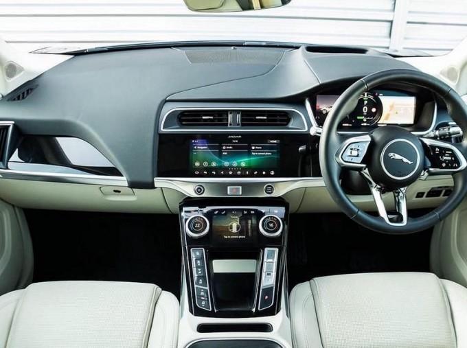 2019 Jaguar 90kWh SE Auto 4WD 5-door (Grey) - Image: 9
