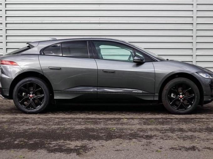 2019 Jaguar 90kWh HSE Auto 4WD 5-door (Grey) - Image: 5