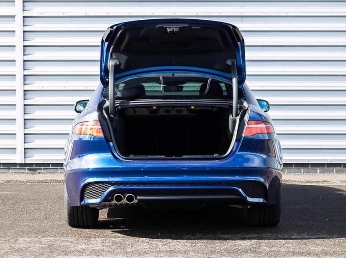 2021 Jaguar MHEV R-Dynamic HSE Auto 4-door  - Image: 15