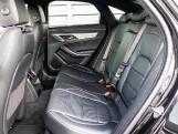 2020 Jaguar 2.0i R-Dynamic SE Auto 4-door (Black) - Image: 4
