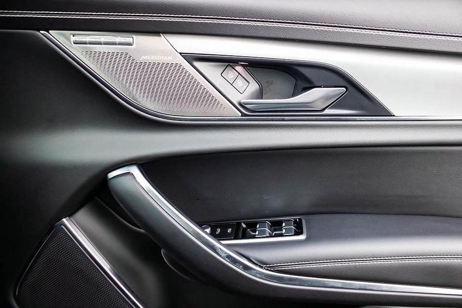 2020 Jaguar New Xf P250 R-Dynamic SE 4-door Santorini Black - £34,999   Dick Lovett Jaguar Melksham
