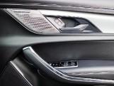 2020 Jaguar 2.0i R-Dynamic SE Auto 4-door (Black) - Image: 13