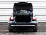 2020 Jaguar 2.0i R-Dynamic SE Auto 4-door (Black) - Image: 15