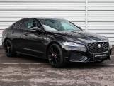2020 Jaguar 2.0i R-Dynamic SE Auto 4-door (Black) - Image: 16