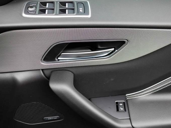 2020 Jaguar Chequered Flag Auto 5-door (White) - Image: 13