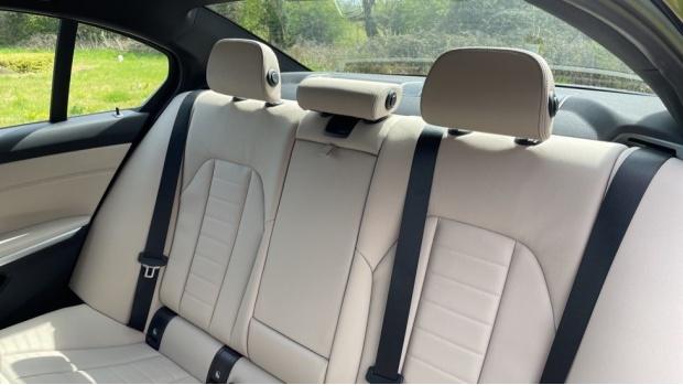 2021 BMW 320d M Sport Saloon (Black) - Image: 12