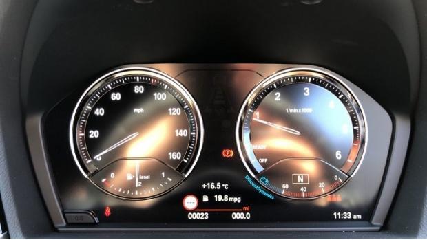 2021 BMW XDrive18d M Sport (Blue) - Image: 9
