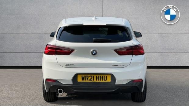 2021 BMW XDrive25e M Sport (White) - Image: 15