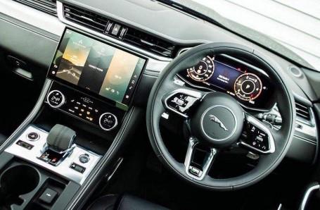 2021 Jaguar MHEV R-Dynamic S Auto 5-door (Black) - Image: 26