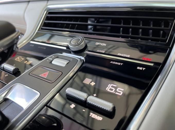 2021 Porsche V6 4 PDK 4WD 4-door (Black) - Image: 11