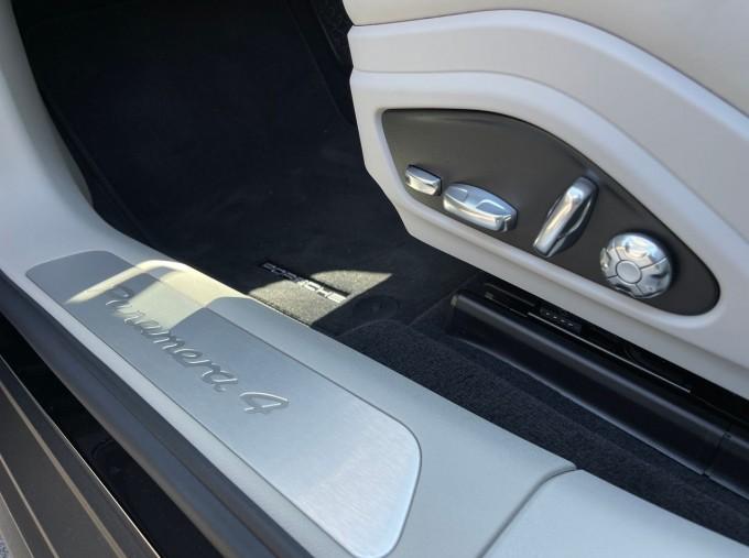 2021 Porsche V6 4 PDK 4WD 4-door (Black) - Image: 20
