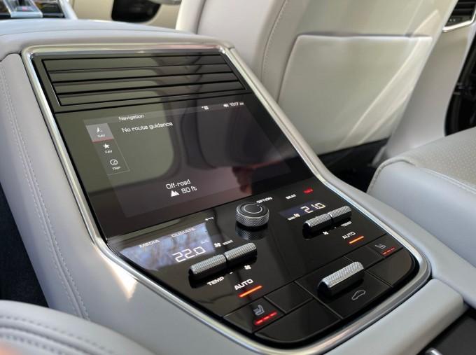 2021 Porsche V6 4 PDK 4WD 4-door (Black) - Image: 21