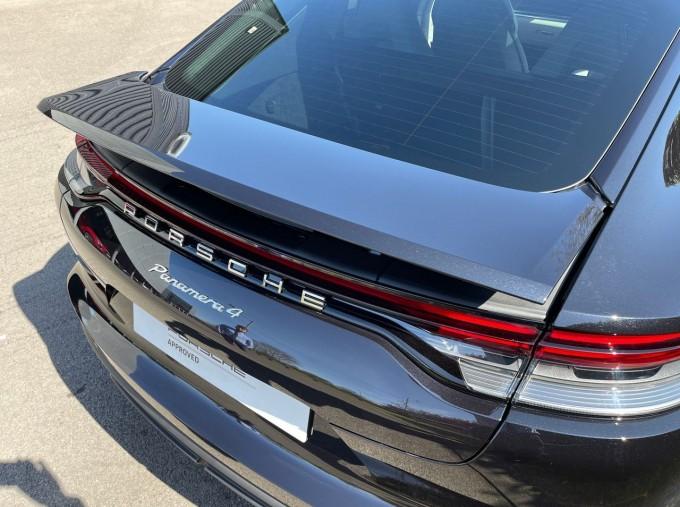 2021 Porsche V6 4 PDK 4WD 4-door (Black) - Image: 23