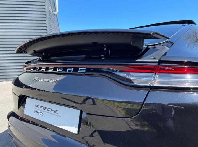 2021 Porsche V6 4 PDK 4WD 4-door (Black) - Image: 25
