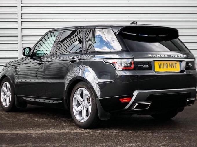 2018 Land Rover SD V6 HSE Auto 4WD 5-door (Grey) - Image: 2